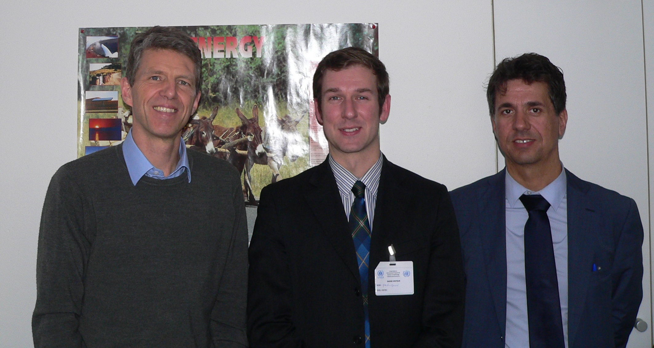 From left: Dean Cooper, United Nations UNEP; Paolo Buoni, European Energy Centre (EEC); Marco Buoni, Centro Studi Galileo (CSG), Vice President AREA.